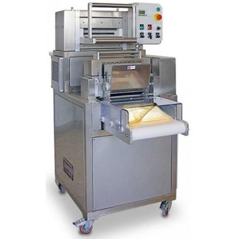 Sfogliatrice impilatrice taglierina automatica per pastifici mod. SI/400